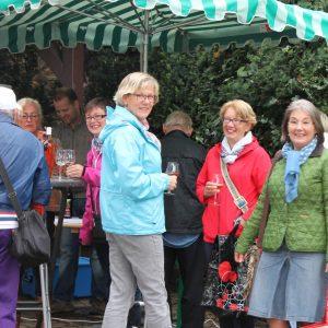 Wochenmarkt Mittwochs auf dem Dorfpaltz