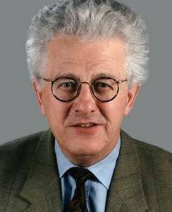 Portrait von Karsten Voigt